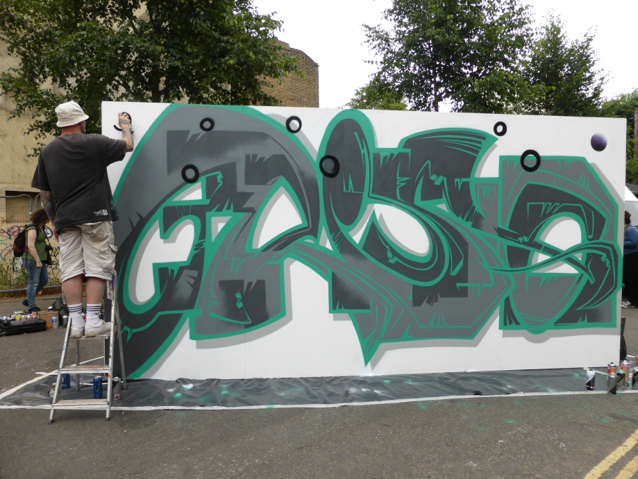 P1560837