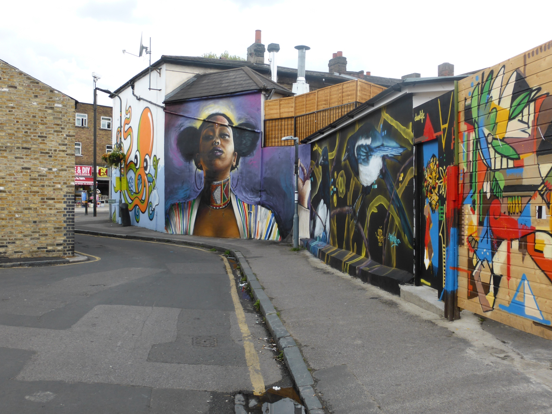 Free Street Art Tour London